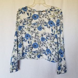 LUSH WHITE BLUE FLORAL PRINT BELL SLEEVE CROP TOP